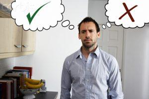 Τι είναι η αναποφασιστικότητα και γιατί μας επηρεάζει κατά αυτόν τον τρόπο;