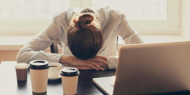 5 ερωτήσεις που πρέπει να κάνεις στον εαυτό σου προτού παραιτηθείς από τη δουλειά σου