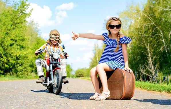 Βάζοντας ταμπέλες: Γονεϊκές προβολές και τρόποι να τις αποφύγεις