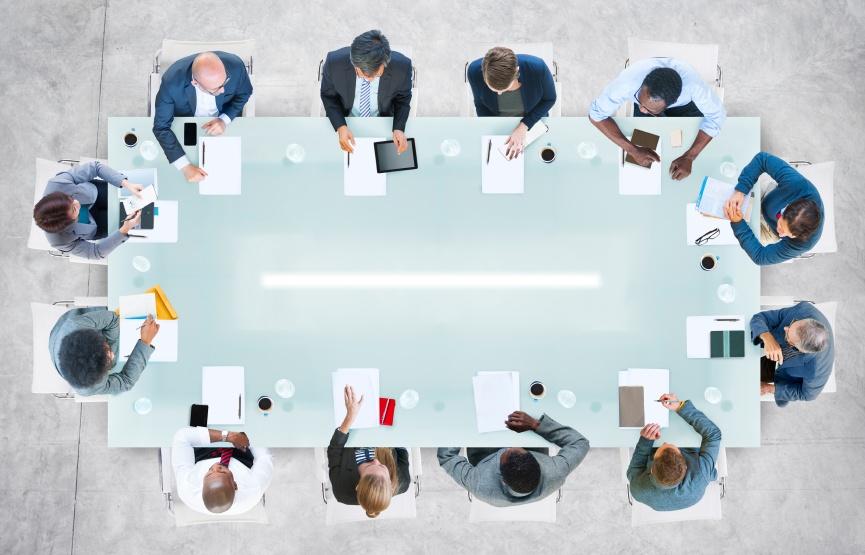 Πώς να ξεχωρίζεις με την παρουσία σου στα meeting zoom meeting