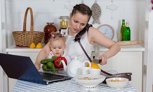 Πώς να ισορροπήσεις ανάμεσα στη δουλειά και την οικογένεια