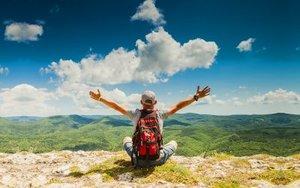 9 τρόποι για να είσαι πιο χαρούμενος