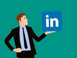Πώς να εξελίξεις την καριέρα σου με το LinkedIn