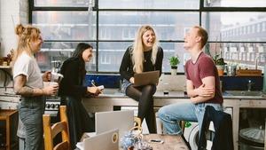 Πώς ενσωματώνονται οι εργαζόμενοι σε μια επιχείρηση;
