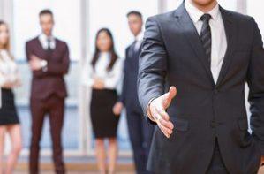 Χαρισματική ηγεσία: Ο απόλυτος οδηγός να ασκείς επιρροή στους άλλους