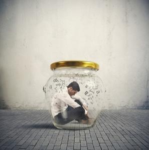 Νιώθεις κολλημένος; 4 παράγοντες που σου δημιουργούν αίσθημα στασιμότητας