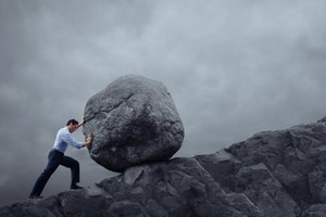 Ψυχική Δύναμη: Πως να μένεις όρθιος όταν η ζωή χτυπάει δυνατά