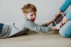 2 βασικές αρχές για να θέσεις Όρια στα παιδιά, Όρια στην οικογένεια: Πώς να αποτρέψεις τις περιπτώσεις μη τήρησης των ορίων