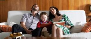 Γιατί κάποιες φορές οι γονείς μπορούν να αρκεστούν στα απολύτως απαραίτητα για τα παιδιά τους