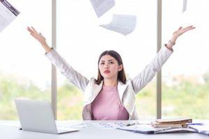 7 Σημάδια ότι Πρέπει να Παρατήσεις τη Δουλειά σου